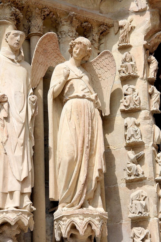 Reims Statue